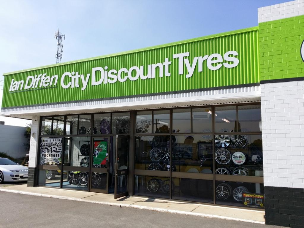 Ian Diffen City Discount Tyres